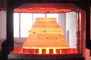 Tratamiento térmico de revestimiento de trituradora de cono