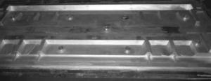 Apron feeder pans upper metal mold