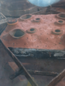 Cover box with rolled cone crusher mantle