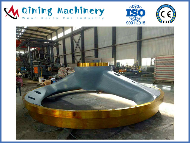 Gyratory crusher wear parts by qiming machinery
